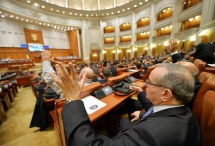 A inceput prima sesiune parlamentara din 2016