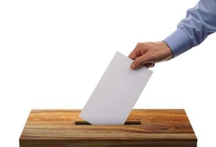 Legea privind alegerea primarilor in doua tururi a fost retrimisa la comisii