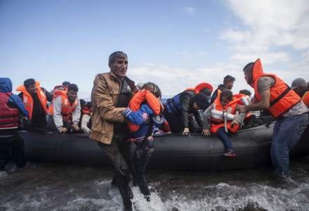 Doi copii migranti mor zilnic, in medie, incercand sa traverseze Marea Mediterana