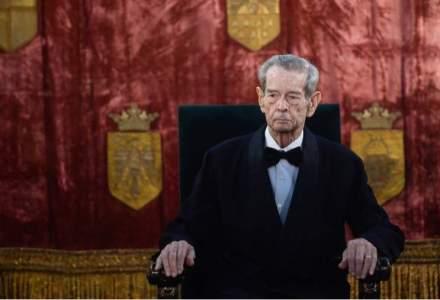 Regele Mihai se retrage din viata publica din cauza starii de sanatate, acesta sufera de leucemie