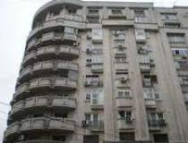 Ce apartamente sunt de...