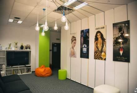 Un sediu, incursiune spre frumusete: cum arata birourile companiei care vinde in Romania parfumurile Calvin Klein, Davidoff si produsele cosmetice Rimmel sau Bourjois