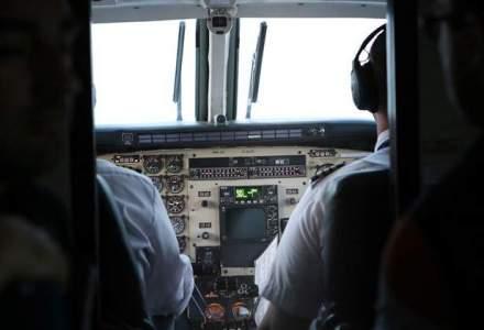 Un pilot a amenintat ca va prabusi un avion de pasageri in ocean, dupa o cearta cu sotia