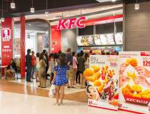 Angajari: KFC si Pizza Hut...