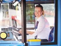 Cate femei conduc tramvaie si...