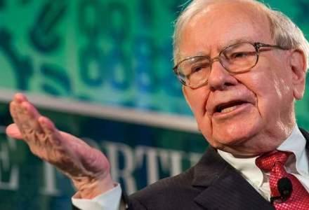 Warren Buffett a incasat in 2015 beneficii de 470.244 de dolari, o fractiune din castigurile unor directori ai Berkshire Hathaway
