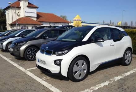 Test drive cu BMW i3 si BMW i8, doua masini electrice care par create de designeri de moda