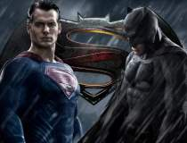 Batman si Superman isi...
