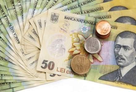 Excedentul bugetar scade in primele doua luni, cu un recul al incasarilor din TVA in februarie