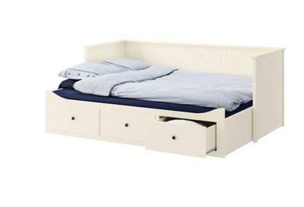 Acesta este cel mai bine vandut produs de mobilier in magazinul online al Ikea in Romania