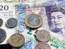 Lira sterlina pierde rapid...