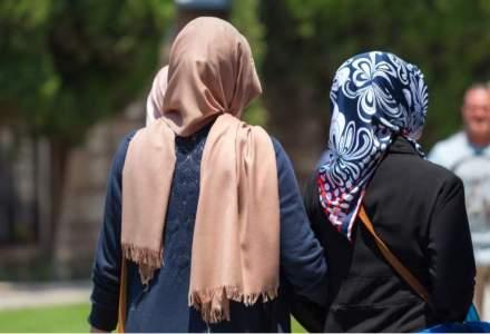 """Musulmana in Romania: """"Sunt femei care aleg pur si simplu sa poarte valul islamic. Nu mai e nevoie de explicatii"""""""