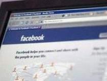 Facebook, cel mai accesat...