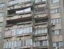 INTREBAREA PENTRU CITITORI:...