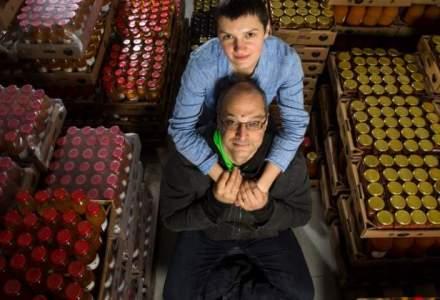 Dupa ce a lucrat in publicitate si TV, a lansat o platforma unde vinde produse realizate de fermieri romani