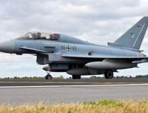 Un avion militar a atacat din...