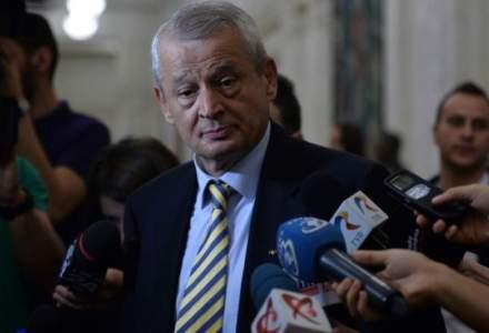 Sorin Oprescu renunta la candidatura pentru Primaria Capitalei