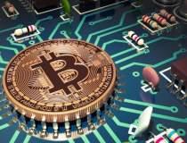 Creatorul bitcoin si-a...