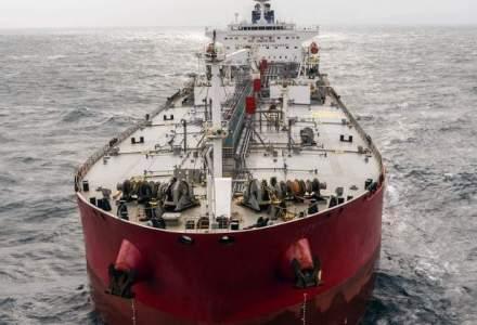 Un petrolier iranian bantuie litoralul romanesc. Nu se stie cumparatorul petrolului