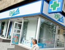 Polisano vinde 78 de farmacii...