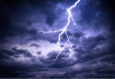 """""""Capitala Fulgerelor"""", zona lovita de peste 100.000 de fulgere anual: explicatia din spatele spectaculosului fenomen"""