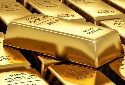JPMorgan: Urmeaza o perioada lunga de cresteri pe aur. 1.400$ uncia in 2016