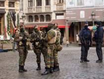 Zeci de militari belgieni,...