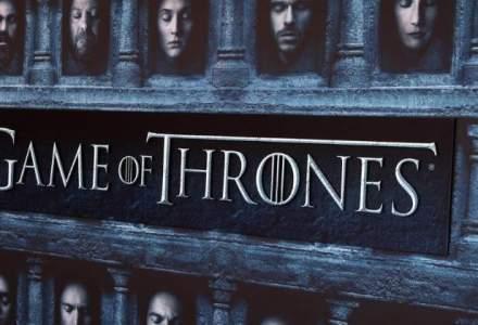 """Kit Harington a dezvaluit soarta personajului Jon Snow din """"Game of Thrones"""" unui politist, pentru a evita o amenda"""