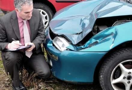 Patronat service-uri auto: Oficial, se lucreaza la legea RCA. Neoficial, nu prea