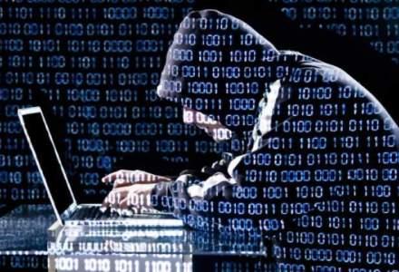 Hackerul roman Guccifer a pledat vinovat in SUA si risca cel putin doi ani de inchisoare