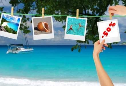 Mareea: Turistii romani folosesc tot mai mult carduri de credit cu dobanda zero