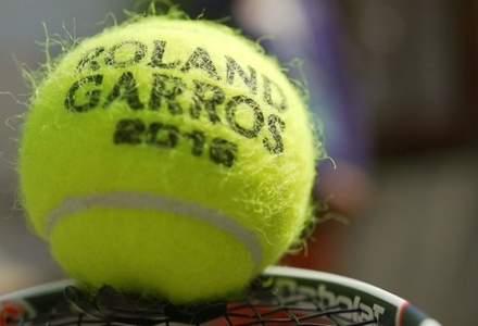 Roland Garros: Junioarele Georgia Craciun si Oana Gavrila, calificate in optimile de dublu