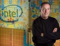 Seful Intel il va consilia pe...