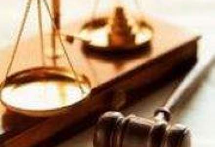 Avocat: Clientii nemultumiti ai bancilor au platit 200.000 euro pe procese