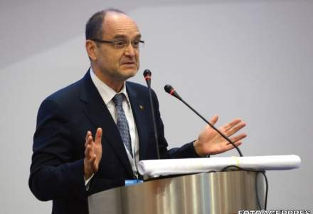 Adrian Curaj, ministrul Educatiei: Introducerea examenului de admitere la liceu ar trebui luata in calcul