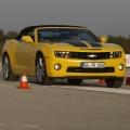 Test drive cu Chevrolet Camaro: Un V8 american, pe pista unui aeroport din Croatia - Foto 3