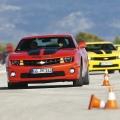 Test drive cu Chevrolet Camaro: Un V8 american, pe pista unui aeroport din Croatia - Foto 12