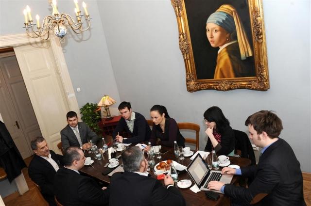Intalnirile Wall-Street.ro: Este 2012 un an fierbinte pentru piata de locuinte? - Foto 1 din 10