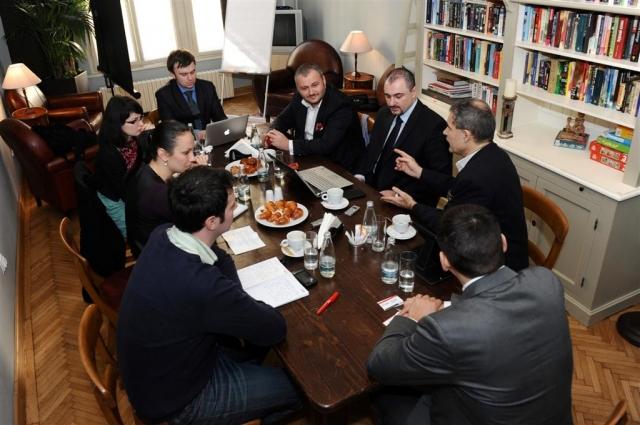 Intalnirile Wall-Street.ro: Este 2012 un an fierbinte pentru piata de locuinte? - Foto 4 din 10