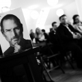 Geniul lui Steve Jobs, comentat la Bucuresti. Ce spun Pascariu, Geoana si Ghenea despre antreprenorul secolului - Foto 1