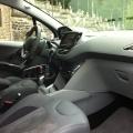 Peugeot 208 - Foto 12 din 19
