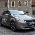 Peugeot 208 - Foto 15 din 19