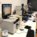 Un birou senzorial: Tone de cabluri in podea si un glob disco - Foto 25