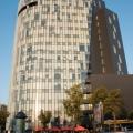 Charles de Gaulle Plaza - Foto 3 din 5