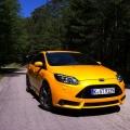 Ford Focus ST - Foto 23 din 26