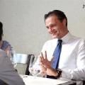 Pranz cu fotbalistul care conduce Fondul Proprietatea: Despre Euro 2012 si trecerea de la socialism la capitalism in doua zile - Foto 11