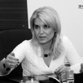 Mihaela Badescu - Foto 11 din 12