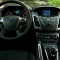 Ford Focus sedan - Foto 14 din 16