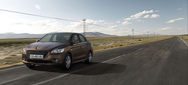 Dacia Logan are un rival din noiembrie. Peugeot lanseaza sedanul 301 - Foto 1 din 5