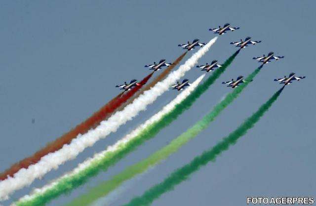 Cum a fost prima zi a celui mai mare show aerian din Romania - GALERIE FOTO - Foto 1 din 5